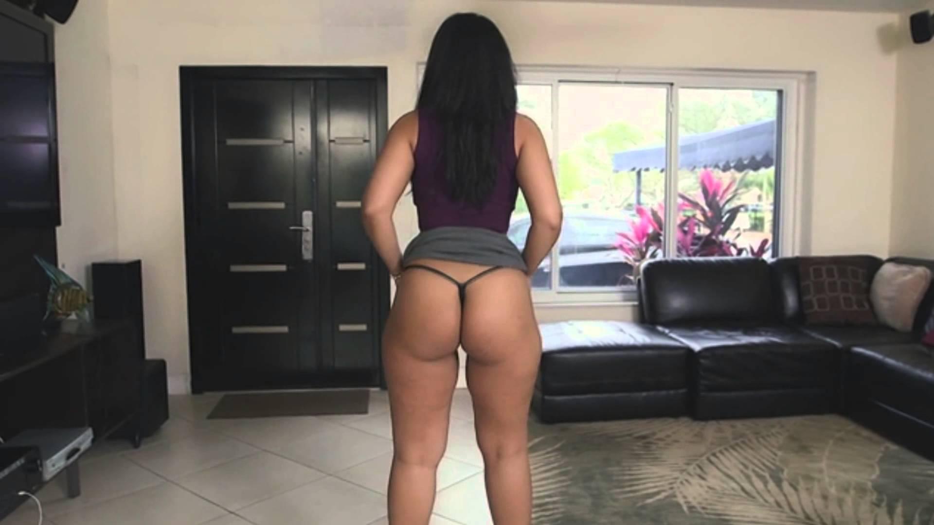 Ava Sanchez Big Ass Skirt Twerk