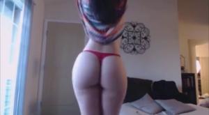 Latina Striptease Ass Shake